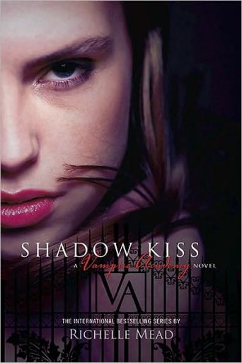 Shadow Kiss_capa